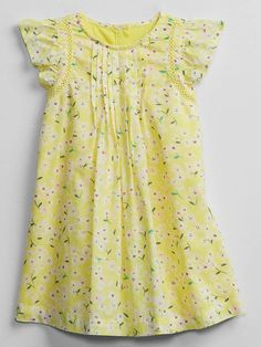 First Year Photos, Gap Kids, Ditsy Floral, Flutter Sleeve, Floral Prints, Crew Neck, Photoshoot, Summer Dresses, Knitting