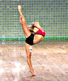 Lauren Froderman.  2nd favorite dancer!