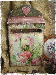 """Купить """"В зарослях чертополоха...."""" почтовый ящик - брусничный, чертополох, почтовые марки, почта"""