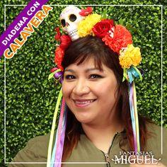 Porche Halloween, Mexican Birthday Parties, Balerina, Hair Color, Party, Crafts, Skull, Victoria, Crown