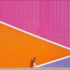 Bright colours in a city. Murals Street Art, Mural Art, Minimal Photography, Photography Blogs, Iphone Photography, Urban Photography, Color Photography, Madrid, Color Stories