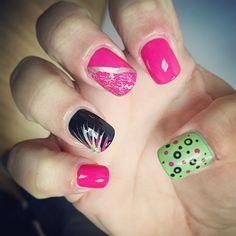 Nail art hot pink lime green OPI