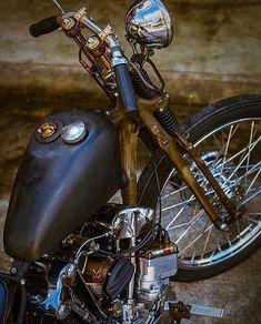 7 Fine Cool Ideas: Harley Davidson Girl Clothes old harley davidson vintage.Harley Davidson Iron 883 Woman harley davidson home decor houses. Harley Davidson Knucklehead, Harley Davidson Chopper, Harley Davidson Tattoos, Harley Bobber, Classic Harley Davidson, Vintage Harley Davidson, Harley Davidson Motorcycles, Vintage Motorcycles, 883 Harley