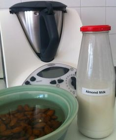 Making your own almond milk is simple in the Thermomix - no added sugar, no added salt, no added nothing. Lchf, Bellini Recipe, Recipe Photo, Recipe Recipe, Recipe Ideas, Quirky Cooking, Vegetarian Recipes, Cooking Recipes, Homemade Almond Milk