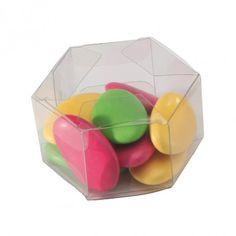 Boite à dragées transparente en forme d'hexagone. Boite à dragées mariage, baptême et communion pas cher. Contenant à dragées transparent pas cher. Pvc, Transparent, Communion, Tables, Container, Fruit, Candy Dispenser, Hexagons, Tape