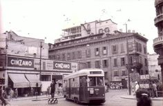 Via Broletto angolo Cusani, 1959 #storia #milano