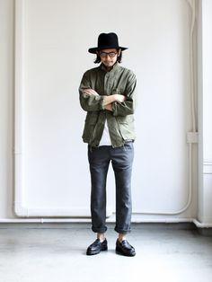 Great looking mens fashion casual 95042 Japan Men Fashion, Daily Fashion, Mens Fashion, Vintage Street Fashion, Japanese Street Fashion, Style Masculin, Japanese Streetwear, Estilo Retro, Men Street