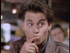 I love it how he makes the best out of this silly series! Johnny Depp Quotes, Johnny Depp Pictures, Johnny Depp Joven, Johnny Depp Wallpaper, Bae, Leonardo Dicaprio 90s, 21 Jump Street, Young Johnny Depp, Jonny Deep
