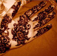Arabic Mehandi Design 11