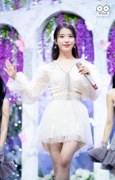 Cute Teen Outfits, Edgy Outfits, Outfits For Teens, Kpop Girl Groups, Kpop Girls, Iu Hair, Cute Korean Girl, Stage Outfits, Korean Actresses