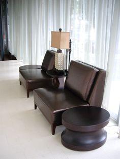 #沙發單椅與茶几-恵宇建設(夏虞家具與國際設計大師程紹正韜先生合作)