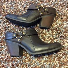 """Listing!  LIKE NEW Brown Booties  These great booties have only been worn in the house. 2"""" heel. True to 8 1/2 fit. Thanks for lookin!   Faded Glory Shoes Ankle Boots & Booties"""
