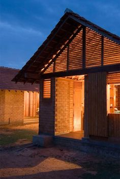 Shigeru Ban is Awarded The 2014 Pritzker Architecture Prize