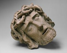Head of Christ,15TH century,made  in North Brabant,The Netherlands  Limestone,traces of wood throns.