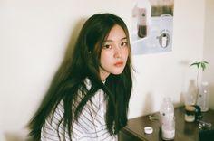 Pretty Asian Girl - Her Crochet Ulzzang Korean Girl, Cute Korean Girl, Ulzzang Girl Selca, Pretty Asian Girl, Hipster Girls, Uzzlang Girl, Korean Couple, How To Pose, Aesthetic Girl