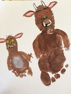 The Gruffalo and Gruffalo's Child footprints. We made these because those 2 movies are always the movie choices in our house! Gruffalo Eyfs, Gruffalo Activities, Gruffalo Party, The Gruffalo, Toddler Activities, Preschool Activities, Baby Crafts, Toddler Crafts, Crafts For Kids