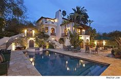 David Hyde Pierce's 1920's Spanish-style home is on the market....only $7.5 million. Beautiful!