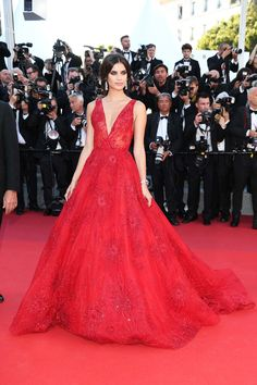 Sara Sampaio looks amazing in this Zuhair Murad red gown at the Cannes Film Festival 2017