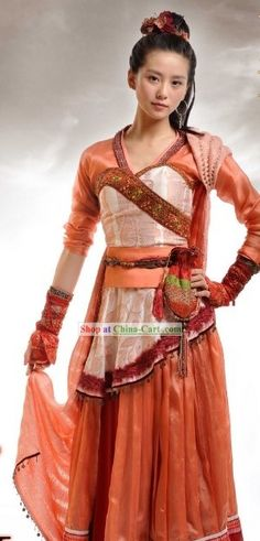 Chinese swordswoman clothing (view2)
