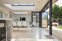 Best small patio ideas on a budget apartment ux ui designer 32 Ideas Kitchen Orangery, Small Patio Ideas On A Budget, Bungalow Extensions, Modern Bungalow, English House, Modern Kitchen Design, Small Apartments, Home Projects, Rear Extension