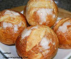 Pan Dulce, Muffins, Sweet Dough, Types Of Bread, Home Baking, Breakfast Cookies, Food N, Bread Rolls, Bread Recipes