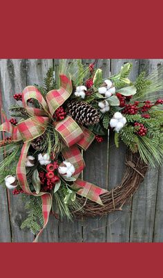 Beautiful handmade wreath for the holiday season #christmasdecor #Christmaswreaths