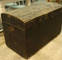 Hutkoffer dekenkist hout zwart origineel € 95