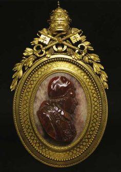 cammei antichi - Cammeo</b> con busto di Benedetto XIV