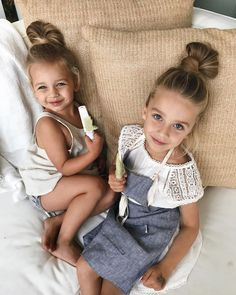 Find images and videos about cute, baby and bff goals on We Heart It - the app to get lost in what you love. Beautiful Children, Beautiful Babies, Fashion Kids, Fashion 2020, Korean Fashion, Cute Family, Family Goals, Baby Kind, Kind Mode