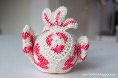 Cuddles: Bluebird of Happiness Yarn Animals, Crochet Animals, Crochet African Flowers, Crochet Flowers, Flower Granny Square, Crochet Accessories, Amigurumi Patterns, Blue Bird, Flower Patterns