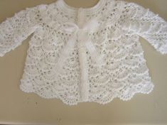 10 Impressive Simple Ideas: Womens Tops Summer Over 40 best womens tees chic.Womens Tops Casual Scarfs womens tops for sale tanks. Boho Crochet, Crochet Tunic, Crochet Woman, Cotton Crochet, Crochet Clothes, Crochet Top, Hippie Chic, White Tunic, Beautiful Crochet