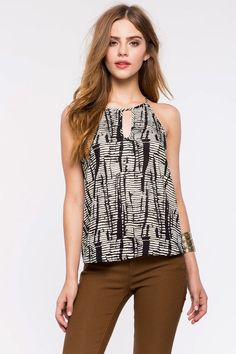 Agaci is an online boutique featuring the latest trendy styles in young women's fashion at affordable prices. Girls Fashion Clothes, Girl Fashion, Girl Outfits, Fashion Outfits, Clothes For Women, Casual Clothes, Ponytail Girl, Bridget Satterlee, Model Look
