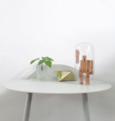 Via NordicDays.nl | White | Menu Yeh Table | Areaware Cubebot