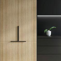 Grey Kitchens, Home Kitchens, Wardrobe Door Handles, Timber Kitchen, Drawer Design, Kitchen Handles, Cabinet Hardware, Kitchen Design, Kitchen Ideas