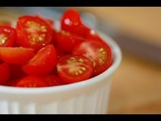▶ How To Slice Cherry Tomatoes In Record Time - YouTube