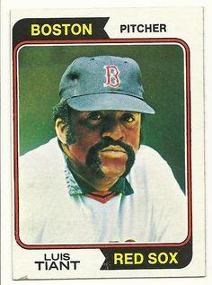 topps baseball cards   The Baseball Card Blog: Cardboard Fenway: 1974 Topps Luis Tiant