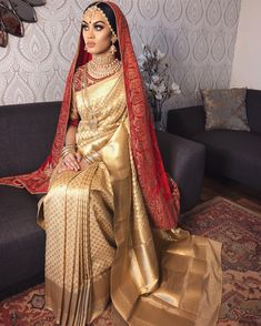 Indian Wedding Poses, Indian Bridal Photos, Indian Bridal Fashion, Desi Wedding Dresses, Saree Wedding, Bridal Dresses, Telugu Wedding, Indian Silk Sarees, Indian Bridal Lehenga