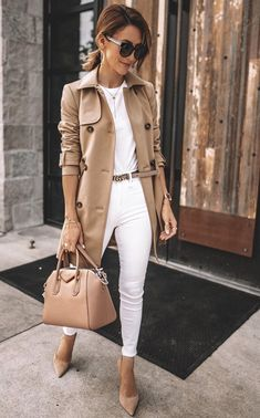 35 Fall Outfits Ideas For Women Street Style ; fall outfits for women 35 Fall Outfits Ideas For Women Street Style Casual Work Outfits, Business Casual Outfits, Mode Outfits, Stylish Outfits, Casual Chic Outfits, Outfit Work, Trendy Fall Outfits, Business Attire, Smart Business Casual Women