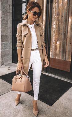 A muchas mujeres nos encantan los zapatos negros porque combinan con todo o los llamativos porque son irresistibles. Sin embargo, si no has probado los zapatos nude no sabes de lo que te pierdes…More Ropa Juvenil De Moda, Ropa Formal Femenina, Moda, Moda Estilo, Ropa, Estilo De Moda Casual, Moda Otoño, Moda Ropa De Trabajo, Moda Casual