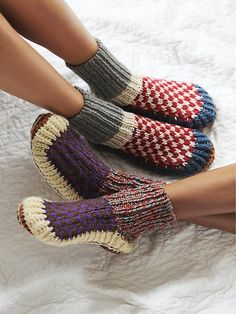 30 Dream Engagement Rings For The Anti-Diamond Girl : Ariana Bohling Handknit Alpaca Slipper at Free People Clothing Boutique Knitting Socks, Hand Knitting, Alpaca Slippers, Knit Slippers, Diamond Girl, Sock Shoes, What To Wear, Winter Fashion, Cute Outfits