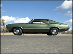 1970 Oldsmobile Cutlass S Holiday Coupe 350/310 HP, 4-Speed