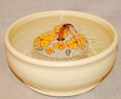 Cat Drinking Fountain Pet Fountain  9Inch Diameter by CatFountains