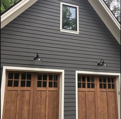 exterior paint color Kendall Charcoal by Benjamin Moore exterior paint color Kendall Charcoal by Benjamin Moore Image Size: 564 x 564 Source Exterior Paint Colors For House, Paint Colors For Home, Farmhouse Exterior Colors, Siding Colors For Houses, Exterior Siding Colors, Outdoor House Colors, Outside House Paint Colors, Outdoor Paint Colors, Vinyl Siding Colors