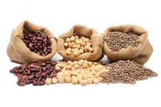 This healthy bean list with bean nutrition and bean calories will help you add more healthy bean nutrition to your diet. Just choose from this list of beans. Beans Nutrition, Diet And Nutrition, Protein Rich Foods, Healthy Protein, Lentils Benefits, Alternative Health Care, Flat Belly Detox, Healthy Beans, Cancer Fighting Foods