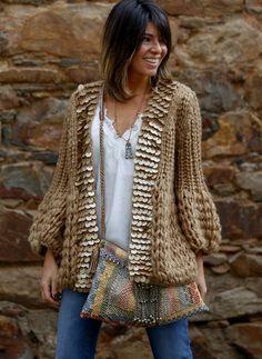 16 ideas for crochet cardigan boho shirts Boho Outfits, Fashion Outfits, Bohemian Mode, Boho Chic, Estilo Boho, Crochet Cardigan, Look Fashion, Trendy Fashion, Latest Fashion