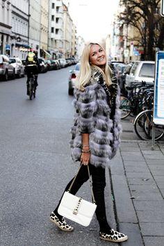 Nina Suess: Cozy