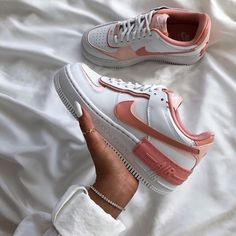 Nouvelle Chaussure Casual Nike Air Force 1 Fille Corail