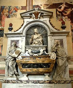 Galileo Galilei Tomb - Church of Santa Croce | The mausoleum was completed In 1737.