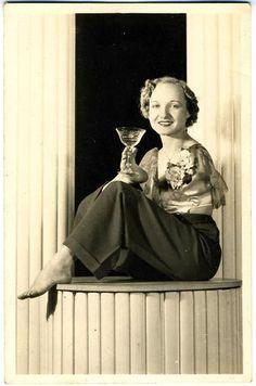 Frances O'Connor, The Living Venus de Milo - PROJECT B - Limited Edition Prints, Vintage Photographs, Shop Collections