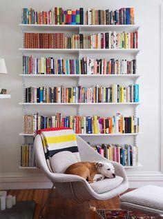 Kanter's (Manhattan Nest) living room bookshelves (and Mekko!)Daniel Kanter's (Manhattan Nest) living room bookshelves (and Mekko! Cool Bookshelves, Bookshelf Design, Bookshelf Decorating, Bookshelf Ideas, Decorating Ideas, Living Room Bookshelves, Bookcases, Book Shelves, Wall Shelves